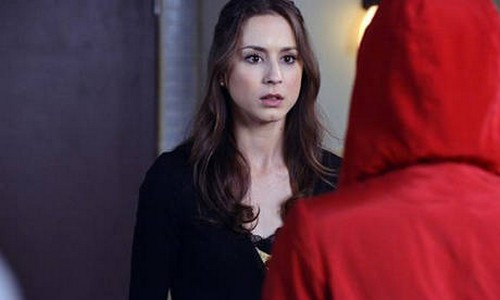 Red Coat Prrety Little Liars