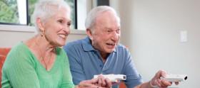Dia do aposentado: séries para assistir com seus avós