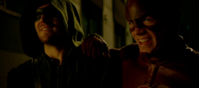 The Flash – 1×08 Flash vs Arrow/Arrow – 3×08 The Brave and the Bold (Crossover)