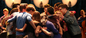 Glee – 6×06 What the World Needs Now