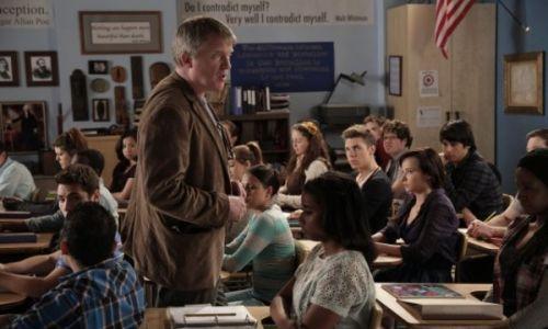 Anthony-Michael-Hall-guest-stars-as-Creative-Writing-teacher-Mr.-Hart-in-Awkward.3_x_01
