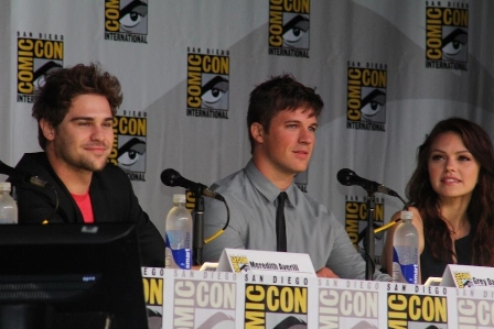 comic_con_star_crossed