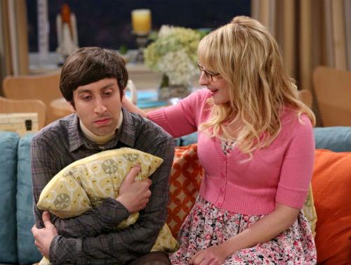 Bernadette consola Howard