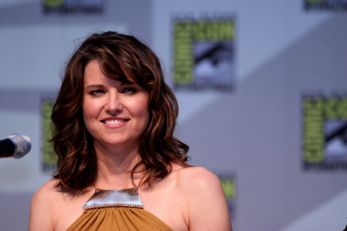 Lucy Lawless em painel na Comic Con