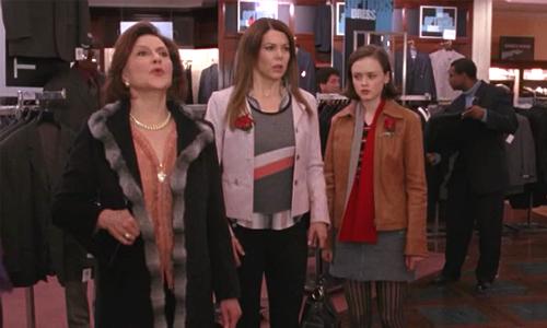 Emily, Loreilai, Rory shopping