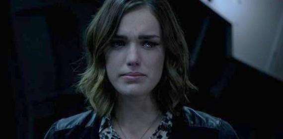 Jemma cries over fitz