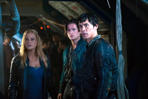 The 100 - Clarke, Finn e Bellamy