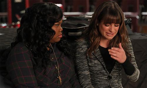 Glee-6x06-Rachel-Mercedes