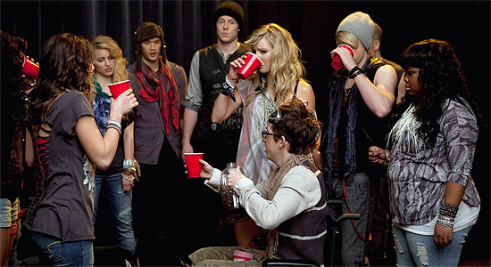 Glee-Blame-On-It-Alcohol-2x14