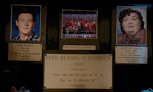 Glee-Series-Finale-Finn-Hudson-Auditorium