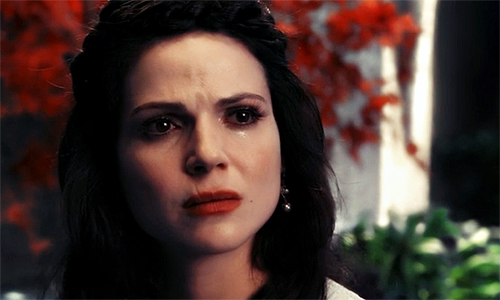 Regina-Mills-Once-Upon-a-Time