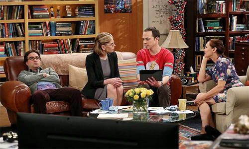 The-Big-Bang-Theory-8x23-Sheldon-Leonard-mother