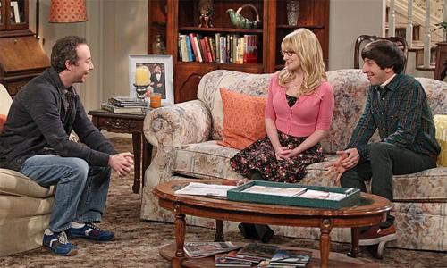 The-Big-Bang-Theory-8x24-Bernadette-Howard-Stuart