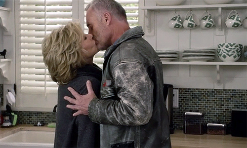 Grace-and-Frankie-1x11-Grace