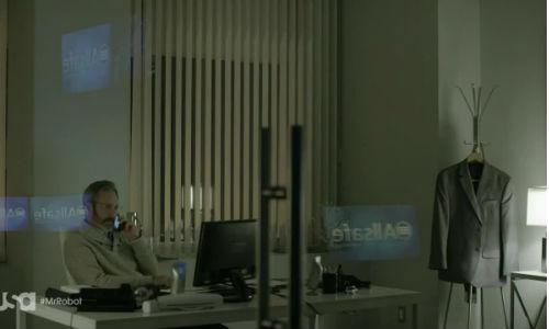 mr.robot-usa-03-gideon