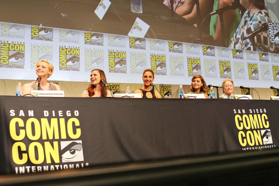 women-kick-ass-panel-sdcc
