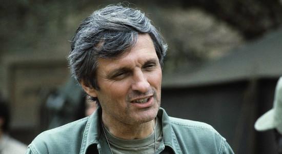 Alan Alda em Mash