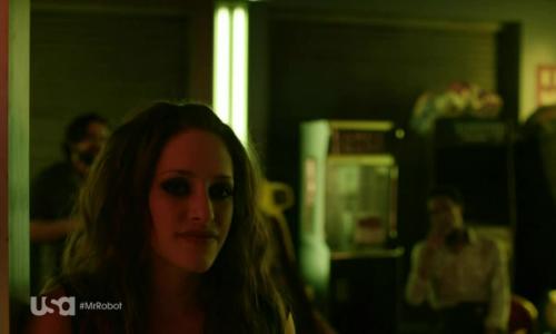 mr-robot-1x10-darlene